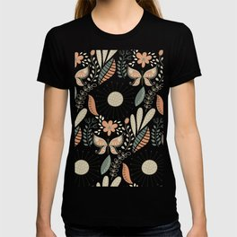 Early Autumn Hipster Butterfly Modern Floral Design T-shirt