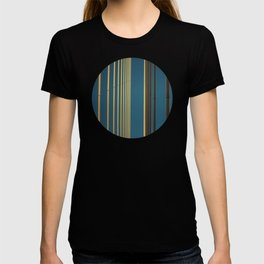 Yellow lines into the sky T-shirt