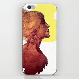 Kiss the Moon - Bacio alla Luna iPhone Skin