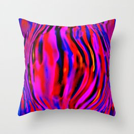 shivering swell Throw Pillow