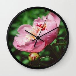 Manhattan Bloom V Wall Clock