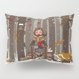 Lily reads for the Forest Animals on Christmas Eve Pillow Sham
