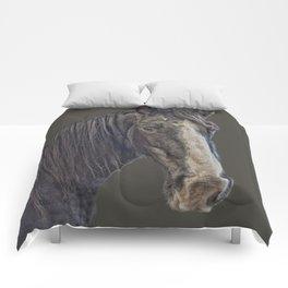 Horse portrait Comforters