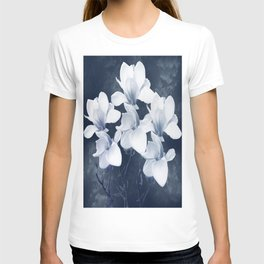 Magnolia 3 T-shirt