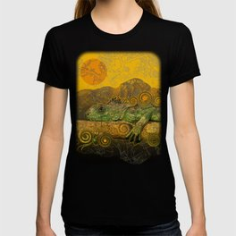 Just Chilling and Dreaming...(Lizard) T-shirt