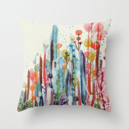 petit jardin 2 Throw Pillow