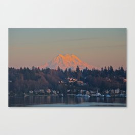Mount Rainier Sunset Canvas Print