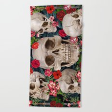 tropical scary  Beach Towel