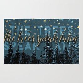 The trees speak latin Rug