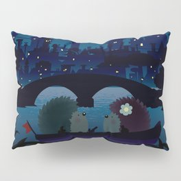 Hedgehogs in the night Pillow Sham