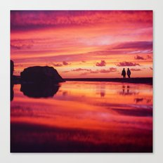 2 friends at the beach Canvas Print