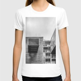 Building in Amsterdam T-shirt