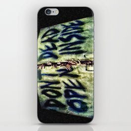 Walking Dead Dont Open iPhone Skin