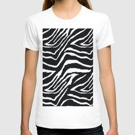 ZEBRA ANIMAL PRINT BLACK AND WHITE PATTERN T-shirt