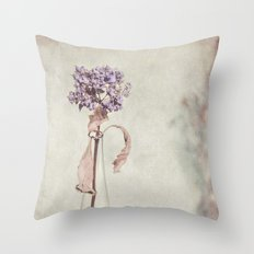 SUMMER REMEMBRANCE Throw Pillow
