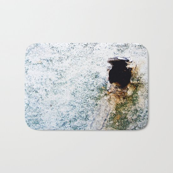 Hole Bath Mat