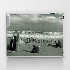 BEACH WORSHIP Laptop & iPad Skin