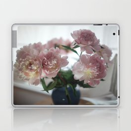 LOUVE FLORALE Laptop & iPad Skin
