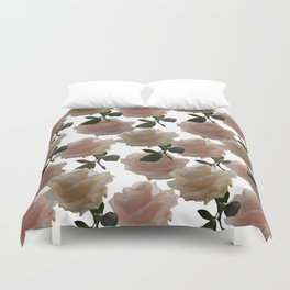 Covering you with roses Duvet Cover