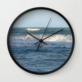 Splashing ocean waves in Queensland, Australia Wall Clock