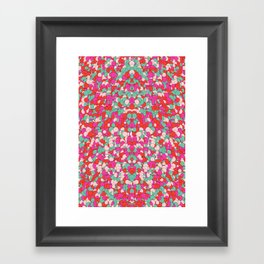 Chaotic Circles Pattern Framed Art Print