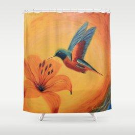 What a beauty   Qu'elle beauté Shower Curtain