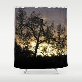 A Contraluz Shower Curtain