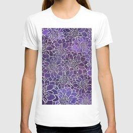 Dahlia Flower Pattern 3 T-shirt