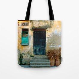 VIETNAMESE FACADE of HOI AN Tote Bag