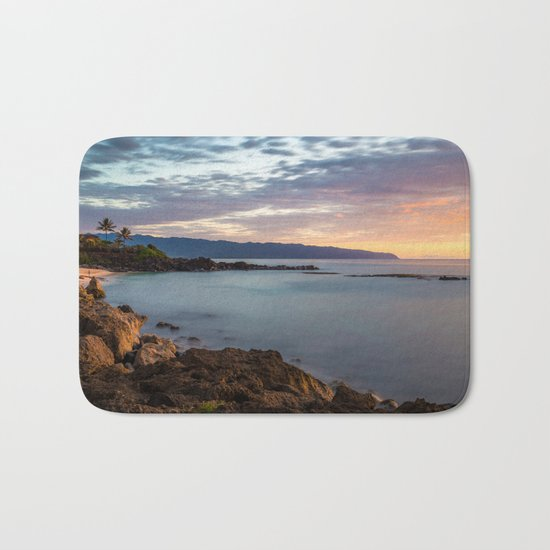 Three Tables Beach, Haleiwa, USA Bath Mat