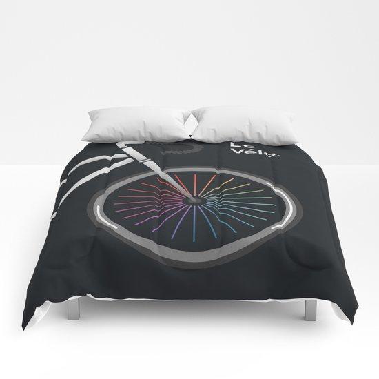 Le Velo Noir Comforters