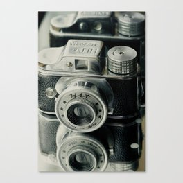 Hit Vintage camera Canvas Print