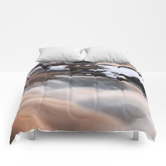 Ruby Winter Falls Comforters