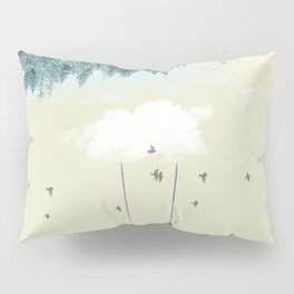 Lucy in the clouds Pillow Sham