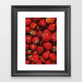 pattern strawberry Framed Art Print