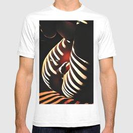 0885s-AK Sunlight Stripes Reveal Her Sensual Feminine Power T-shirt