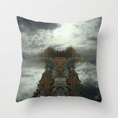 ManuIsland 2 Throw Pillow