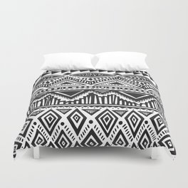 zig-zag handdrawn black and white Duvet Cover