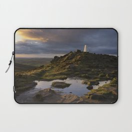 the roaches at its best Laptop Sleeve