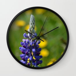 Stand-Alone Wall Clock