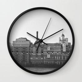 Butler´s Wharf - London Wall Clock