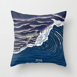 Caos Total Throw Pillow