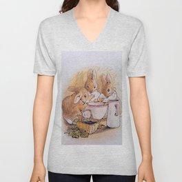 Peter Rabbit with his parents Unisex V-Neck
