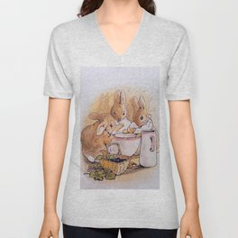 Peter Rabbit with his parents Unisex V-Neck