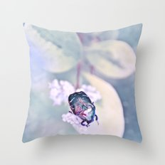 SCARABÉE Throw Pillow
