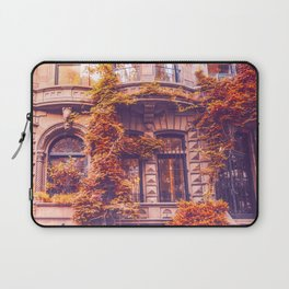 Dressed Up in Autumn - New York City Brownstones Laptop Sleeve