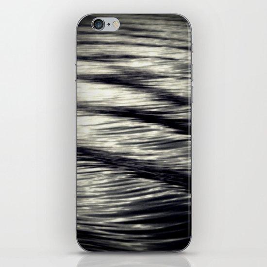 Rock'n'roll iPhone & iPod Skin