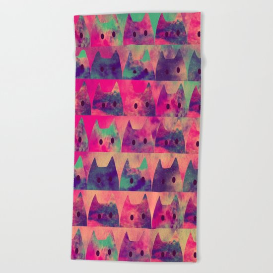 cats-303 Beach Towel