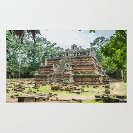 Phimeanakas Temple of Angkor Thom, Siem Reap, Cambodia Rug