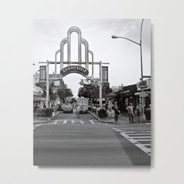 Sunnyside Arch Metal Print